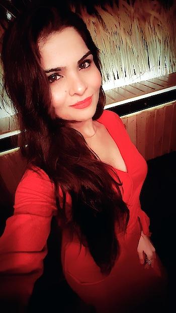 #red #red-hot #fashionforwomen #fashion-blogger #anikamkhara #anikakhara #imageconsultant #reddress