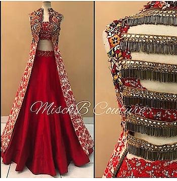 In luv with these dress design.... Wanna them in my wardrobe😍😍😍😍😍😍😍#favdress #dress #weddingdress #dreamdress #reddress #redsaree