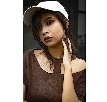I'm not being too ambitious or optimistic, I just really believe in my ability to make magic sh*t happen.👄 . . . . . . . . . . . . . . . Smokey Eyes using Eyem Smokey from @mynykaa @nykaabeauty On Lips Pillow Talk shade from @colourpopcosmetics #diksha #fromposetocloth  #fashionblogger#kult#kult.in#amritsarblogger#plixxo#plixxoblogger#popxo#popcofashion#fashionmack#motivated#motivation#bosslady#bodsy#fashionista#diy#fashiondesigner#ootindian#oots#sassylook#lookbook#sdmdaily#thatbohogirlfeatures#smokeyeyes#boldlook#boldmakeup#colourpopcosmetics