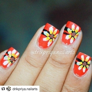 #Repost @drikpriya.nailarts with @repostapp ・・・ Daisy flower nailart design ... (free hand nailart design)  #drikpriya #drikpriya_nailarts #drikpriya.nailarts #nailsoftheday #nailart #nailartdesign #nailartblogger #nailartist #blogger #lovefornailarts #orangenails #daisynailart #flowernailart #flowernails #instapic #instanailartdesign #instanailartblogger #instanailart #instanailartist #daisy #freehandnailart
