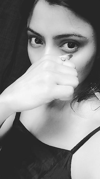 Caption it for me. #nomakeup #nomakeuplook #look  #ropo-love #selfie #ropo-beauty #black-and-white #black  #monochrome #natural-look #eyes #photo  #naturalskincare #ropo-girl #ropo-daily #picoftheday #followonroposo #roposo #friday #girls #inspiration  #modelportfolio