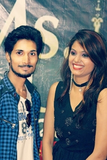 #be-fashionable #teenblogger #modelboy #modelgirl #indian models ##models#fashionblogger #uttarpradeshmodel #rampwalk #couplebloggers #coupleshoot #indian #teen #model #actor #akankitkumar  with #akansha #rampshow #2017fashiontrend 💋💋💖💖😘😘😘 #celebrityfashion