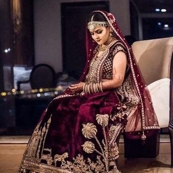 The shrangar bride. visit us at www.shrangar.com #shrangar #chandnichowk #delhi #bride #bridal #designer #shopnow #style #fashion #wedding #bridalwear #ethinic #roposo #ootd #lehenga #dress #fashionista
