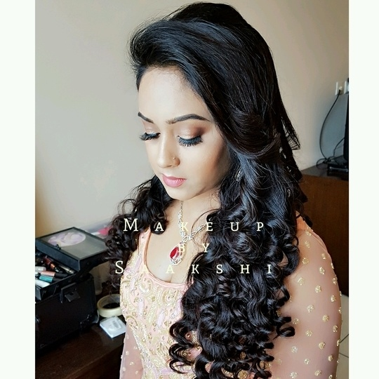 Soft, light and morning makeup for Ankita on her engagement.. she looks amazing in those curls.. Contact 9899660145 for bookings . . . . . . . . . . . #makeupartist #delhimakeupartist #delhiweddings #bestmakeupartistindelhi #makeupartistindia #makeup #bride #makeupforbride #weddingmakeup #wedding #gown #curls #engagementmakeup #daymakeup #lightmakeup #partymakeup #wedmegood #makeupforeverofficial #smashbox #hudabeauty #anastasiabeverlyhills #tartecosmetics #beccacosmetics