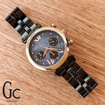 _..Presenting an elegant ladies Guess Collection watch for the woman who is always on the go, bringing form and function together seamlessly to create an underlining statement on the wrist.._  Guess Collection  👉🏼 For Women 👉🏼 GC LadyBelle 👉🏼 7A Original Quality 👉🏼 Features: Powered by Original Japanese   Stopwatch-Chronograph machinery, Stainless steel black chain with Rosegold case and inputs, Mineral crystal sapphire on mother of pear dial. 👉🏼 36MM Case size.  Available@Rs-3200+shipping With Guess brandname box