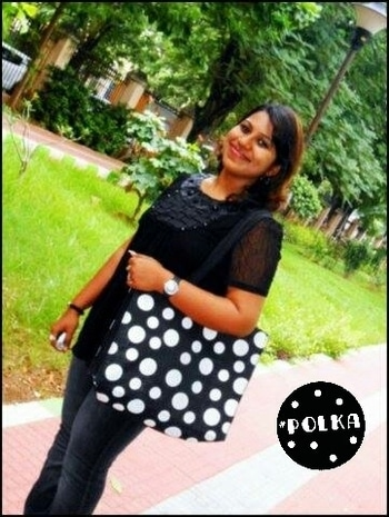 Polka dots are trending in 2017 and I absolutely love them. Couldn't resist buying this cute jute bag 🎀 . . . . . #polka #polkadots #polkalove #bag #baglove #bagsaddict #jute #jutebag #fashion #fashiontrends #blogger #bloggerstyle #bloggerdiaries #bloggergirl #indianblogger #fashionblogger #Polka #bags