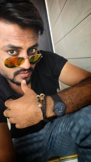 #iarjungondaliya #beard #bearded-men #sunglasses #sunglassesselfie #ropo-style #swag #blogshoot #bloggerpost #fashion #billionaire #billionairesclub #dashing #instagram #streetphotographyindia #photo #selfe