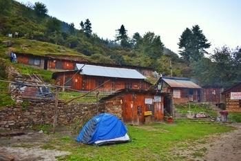 #roposotalenthunt  #kheerganga  #trek  #camping