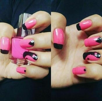 Whenever you dress up, don't forget your nails! @anku_ghai #nailart #color #vibrant #pink #black #combo #nailitdaily #nailit #nails💅