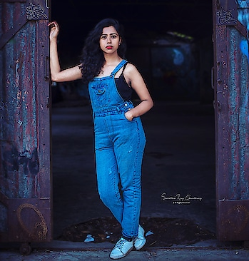 #kolkata #kolkatablogger #fashionblogger #streetsofindia #streetstyle #summeroutfits #summer #wiw #outfits #ootd #photographer #photography #bengal_ig #calcutta #mumbaifashionblogger #mumbai #mumbaistagram #delhifashionblogger #mood #instablogger #instadaily #igdaily #igers #_coi #_soi #portraitphotography #portrait #poser #workout