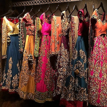#roposo#wedding-lehnga#photographyeveryday#partywear#latestfashion#western-dress#indo-westerndresses#differentlooks