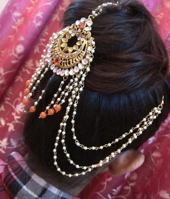 Bridal special maang tikka Nowadays not only the bride's, but all the lovely ladies who want to look amazing wear the tikka It is now worn in many ways to look simply beautiful....👑👑 #boldandbeautiful #bridewear #call9442337275tobuy