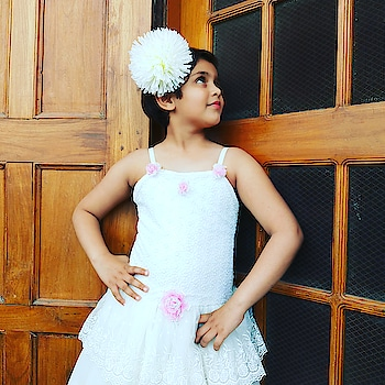 white colour combination in summer... .   . . . #lucknowbloggersofficial  #fashionblogger  #lucknowfashionbloggers  #indianblogger #fashiongirl #newfaces  #instakids  #kidsfashion  #lucknowinfluencer  #instastyle  #littlefashionista  #bloggerswanted  #follow  #lucknowdiaries  ##model  #fantastic_kiddies #asianblogger  #momandbabygirl  #lucknowfashion  #childblogger  #childmodel  #ootd #lucknowbloggers  #littleinfluencer #sandcastle_mag #perfectstylekiddies #kidscasting #kidsmagazine