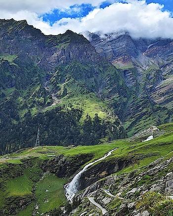 way to Rohtang Pass, Manali #manali #manalidiaries #himachalpradesh #rohtangpass