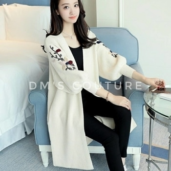#sweater #winterwear #cardigan #coat #womenswear #womensclothes #womensclothing #womensapparel #apparel #apparels #clothes  Embroidery Cardigan Long Paragraph Sweater Loose Lantern Sleeve (One Size)  Pattern: Flower Color: Black Product categories: Sweaters, sweaters Content of main fabric: 51%-70% Size: Free Plate type: loose type Collar type: half open collar Popular elements: stitching, embroidery Style: cardigan Fabric Name: knitting Sleeve type: Lantern Sleeve Main fabric: Cotton Length: in length (65cm < length = 80cm) Sweater Technology: knitting  Package content: 1*Sweater  Due to the  manual measurement may be the existence of 1-3cm error, please understand,thanks.  SHIPPINGS & RETURNS Shipping generally takes 8-20 days. Please also allow 3-6 day for processing.  No Return or Exchange Accepted.  Note: This is Pre-order Stuff.  To ORDER DM OR Buy from Dm's Couture online. Click https://glowroad.com/s/disha.mehta/shop