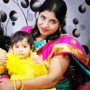 Naughty baby shiny is with her mom. Baby wearing the yellow color dress, creating perfect contrast with her mom's outfit, giving a perfect combination.  Frock@janpathmarket lucknow Skeevi@myntra Headband@selfmade Ballerina@myntra Saree @namaskarsareeslkw  #Lucknowblogger #lucknowdiaries  #indianblogger  #fashionstyle  #fashionblogger  #littleblogger #childblogger  #bloggerswanted  #like #comment #follow #bloggerworldwide  #asianblogger  #littlefashionista  #mackysuson  #myntralook #cutebogger  #likeforlike  #fashioninfluencer  #foodblogger #newpost #femaleblogger  #instagood