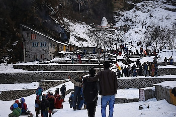 solang valley Himachal Pradesh India ❤😍 #roposo #musafirchannel #captured #wowchannel #beautifulshot #snow #himachalpradesh