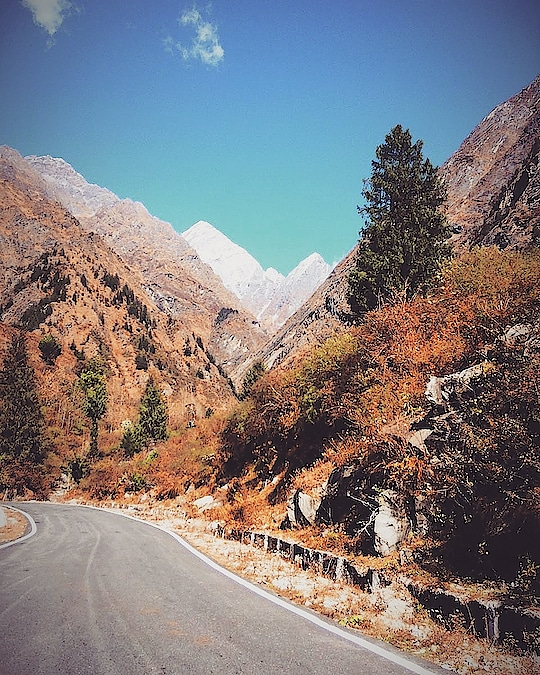 Travel, in the younger sort, is a part of education; in the elder, a part of experience. . . #India #ig_india #insta_india #Uttarakhand #mountain #landscape #travel #traveling #visiting #instatravel #instago #nature #road #rock #scenic #valley #outdoors #sky #wood #tree #sight #guidance #highway #scenery #canyon #hill #tourism #mobilephotography #mountainscape
