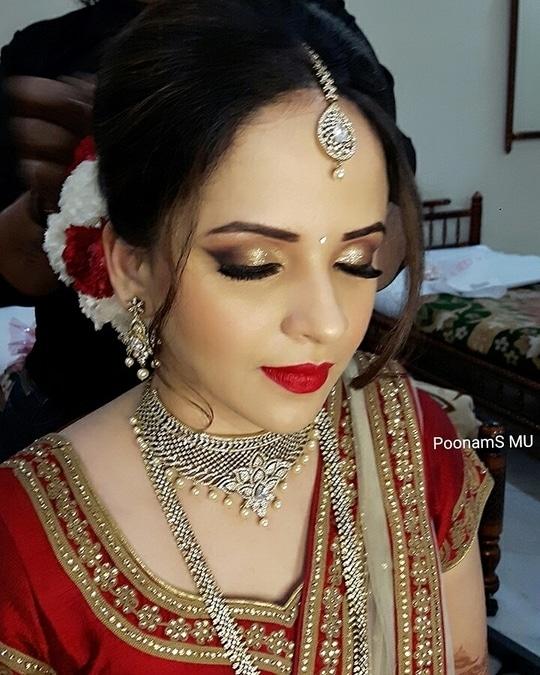 Stunning bride Payal