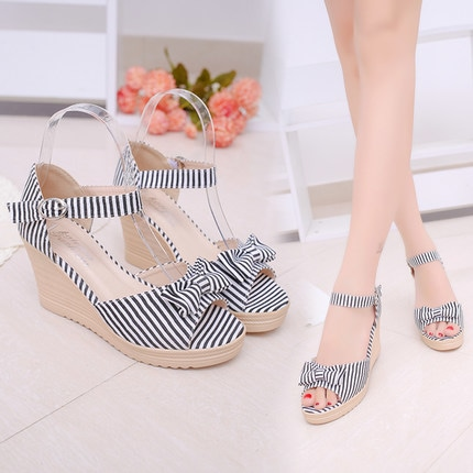 💕Size: 👉35 36 37 38 39                                                                                                                                                                                                        high heel 👉(5-8cm)                                                                                                                                                                                                @ 1299  + ⛵ prebooking 25 days in shipping.