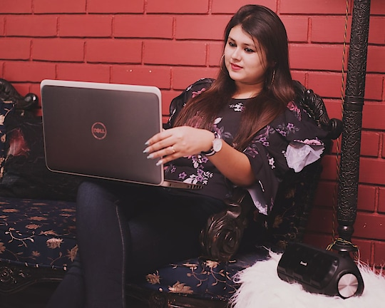 Being an Influencer is not so easy.. The hard work and dedication towards maintaining a great profile is a tough task indeed! 😍🤣 Also have you guys followed me on Instagram yet? If not go follow asap! www.instagram.com/nivrity_das/  #bloggerdiaries #thecelfieprincess #kolkatafashionblogger