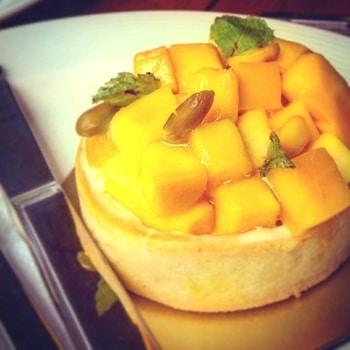 When the mango season is on... #mango #dessert  #sweettooth #sweet  #mangoindia #foodgasm #food #foodlover #foodpics #foodstyling #dessertlove #dessertporn #dessertheaven #roposodaily #ropo-love  #desserts