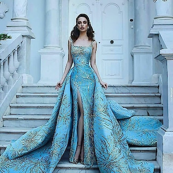 rate this ☺ #roposofashionblogger #roposo-style #roposo-fashiondiaries #dressing #dress 👗  #gowndress #roposotalks