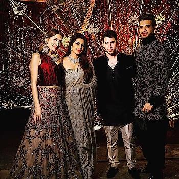 This unseen picture of #nickyanka  sangeet shared by Karan Kundrra  is all the gliters adding to make our day happier!! . . .  #Bollywood #bollywoodactress #nickjonas #priyankachoprafans #priyankachopra  #styleicon #priyankachopra #PriyankachopraJonas #NickJonas #karankundra #manishmalhotra #manishmalhotrafashion #ManishMalhotraWorld #nickyankasangeet