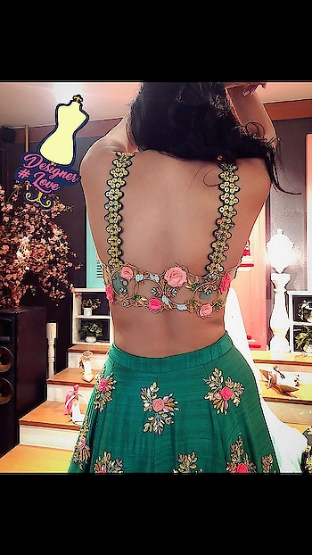 #designerlove #wow #fashionquotient  #filmistaan #blousedesign #backdesigns #amazing #collection