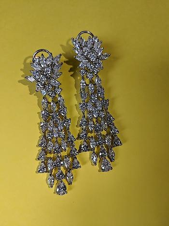 For details  WhatsApp +917696850162 or Inbox us  #kundanjewelry #indianjewelry #bridaljewelry #weddingjewelry #bridalportraits  #indianjewellery #bridaljewellery #weddingjewellery #punjabiwedding #sikhbride #sikhwedding #kundanjewellery #heritagejewellery #traditonaljewellery #vintagejewellery