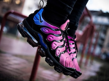 *Nike Vapourmax Plus*  ◼7A quality ◼41-45 sizes *◼2649/-* Free shipping  to buy send watsaap on 9999142594  #roposo #so-ro-po-so #fashion #instadaily #nikevapourmax #nikeshoes #shoes #shoesformale