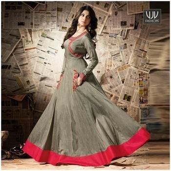 Buy Now @ https://goo.gl/SHZkKn  Jennifer Winget Green Color Silk Anarkali Designer Suit  Fabric-Silk  Product No 👉VJV-MUGD11007  @ www.vjvfashions.com  #chaniyacholi #ghagracholi #indianwear #indianwedding #fashion #fashions #trends #cultures #india #womenwear #weddingwear #ethnics #clothes #clothing #indian #beautiful #lehengasaree #lehenga #indiansaree #vjvfashions #bridalwear #bridal #indiandesigner #style #stylish #bollywood #kollywood #celebrity #outfits #vjvfashions #salwarkameez